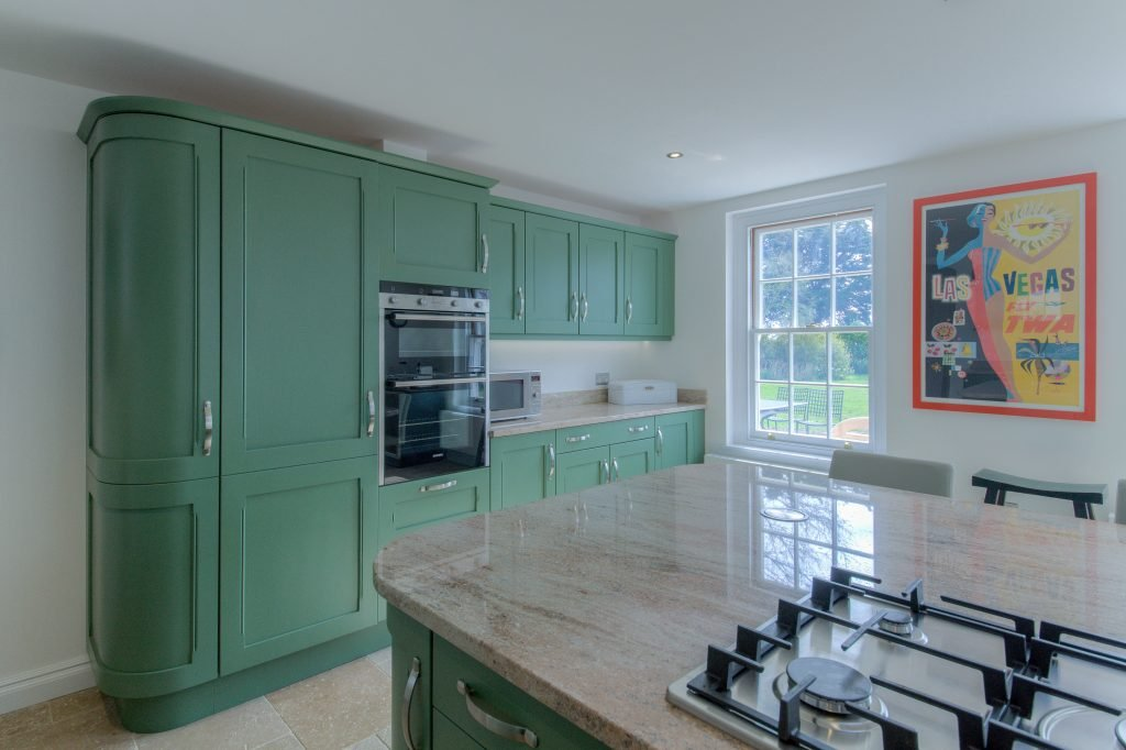 Family Kitchen In Farrow And Ball Breakfast Room Green Kestrel Kitchens