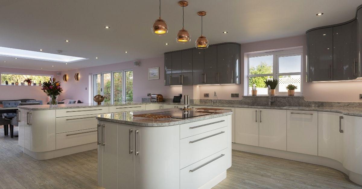 Modern kitchen design by Kestrel Kitchens