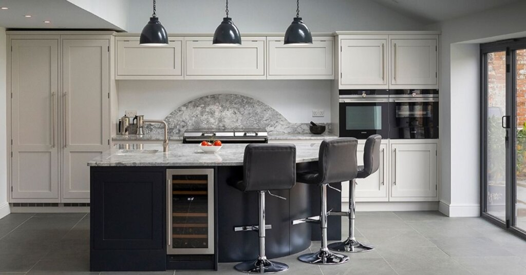 Black kitchens - kestrel kitchens